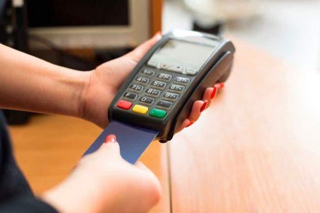 Thẻ tín dụng là gì và cách thức hoạt động ra sao?