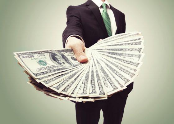 Vay tiền thẻ tín dụng và những điều cần biết